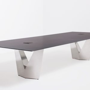 Commander Table